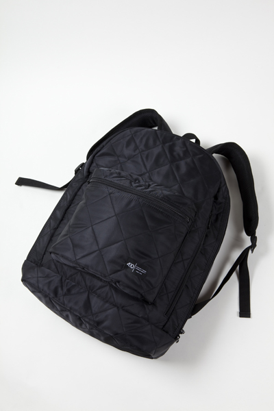 FTY-11-018 TINY PUFF BACK PACK 1BLK.jpg